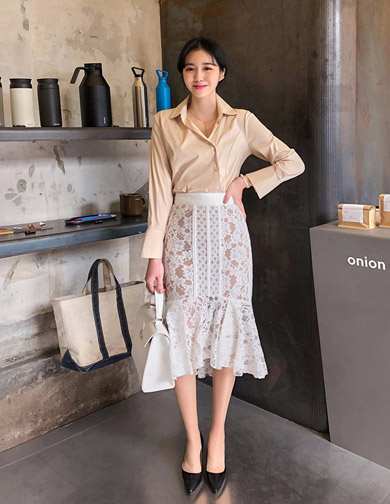 달리호텔 / Romantic Lace Midi Skirt